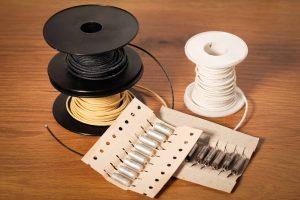 Bobines fil coton et condensateur Pio pour fender stratocaster
